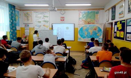 Lekcja geografii w ramach współpracy z Instytutem Geologicznym