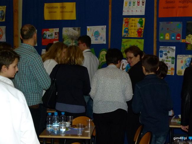 Wydarzenie w Gimnazjum nr 48 – sympozjum naukowe